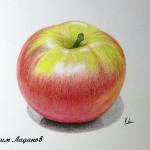 Рисование яблока акварельными карандашами